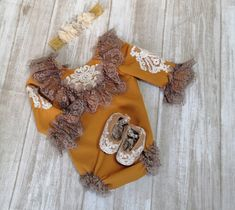 Mustard baby vintage romper, Christmas baby outfit, Photography Props, mustard lace romper, anniversary vintage outfit, boho baby romper
