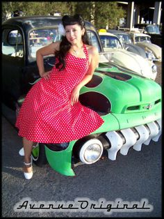 Kitty Luv. Rockabilly Pinup Photoshoot. Car. Posing. Sun City Pinup Dolls.  Photography by Adam Avenue.