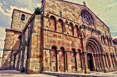 Iglesia de Santo Domingo por Corina Morera. #Soria #Spain