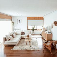 Beautiful Small Living Rooms That Work. Check out these small living room ideas and design schemes for tiny spaces. Take a look at the best small living room ideas. Boho Living Room, Living Room Carpet, Small Living Rooms, Home And Living, Living Room Designs, Living Room Furniture, Cozy Living, Furniture Sale, Living Room Interior