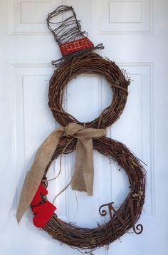 Burlap Christmas wreath! Www.facebook.com/annleeanndesigns