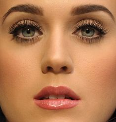 Katy Perry eyes! Copy Katy's look with 3D Fiber Mascara, enhances you own lashes by up to 300%. www.youniquebygenevieve.com