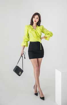 Korean Model 220 #koreanmodel #koreanbeauty #koreanfashion #model #beauty #fashion Korean Model, Model Pictures, Asian Fashion, Asian Woman, Fitness Fashion, Asian Beauty, Leather Skirt, High Waisted Skirt, Mini Skirts