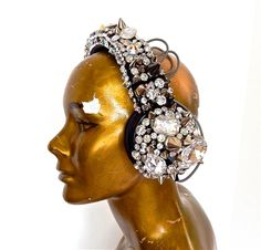 Gasoline Glamour creates beautiful jewelry and accessories with an edge. Spikes, Swarovski rhinestones, chain drip, brilliant stones are all used. Also jewelry and accessories for weddings, fancy dress up, photo shoots. One of a kind deluxe shoes and exotic leather shoes.