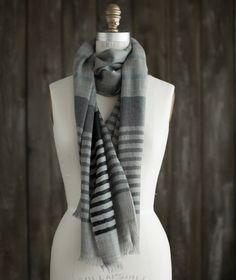 Bloom & Give Merino Wraps Cricket Loom, Simple Designs, Hand Weaving, Cool Things To Buy, Black And Grey, Wraps, Bloom, Scarf Ideas, Shawls