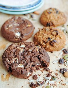 Chocolate cookies - In Love With Health Healthy Cake, Healthy Cookies, Healthy Baking, Healthy Snacks, Healthy Recipes, Chocolate Cookies, Delish, Sweet Tooth, Food And Drink