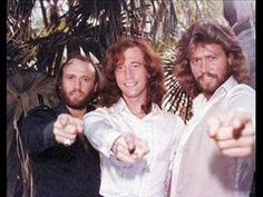 Bee Gees (Robin in the center) Warner Music, Andy Gibb, New Wave, Pop Rock, Band Of Brothers, Christmas Music, S Pic, My Favorite Music, First Photo