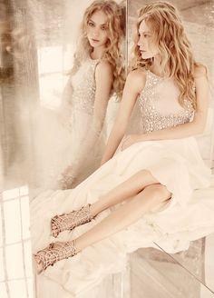 Piękne, oryginalne i bardzo kobiece suknie ślubne Beautiful wedding dress