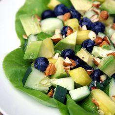 Sweet and Tropical Flat-Belly Salad: Ab exercises aren't the only piece in solving the flat-belly puzzle —diet plays a huge role, too.