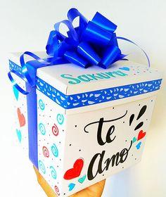 Haz de tus regalos algo especial. ❤️ . Te ayudamos a sorprender a tu persona favorita. En el perfil encuentras el link del whatsapp. . . . #Valledupar #amor #colombia #quehacerenvalledupar #cajasalmayorydetal #regalos #Valleduparavanza Birthday Photo Frame, Birthday Photos, Diy Birthday, Birthday Ideas, Personalised Gifts Diy, Pretty Letters, Diy Gift Box, Friend Birthday Gifts, Diy Crafts For Gifts