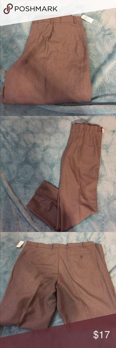Men's dress pants Gray dress pants    Two pockets in the front and one in the back.   Brand new with tags  size 38x31. louis raphael Pants Dress