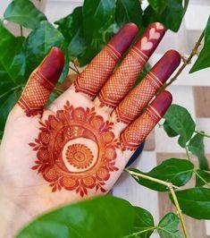 Circle Mehndi Designs, Round Mehndi Design, Henna Tattoo Designs Arm, Floral Henna Designs, Back Hand Mehndi Designs, Arabic Henna Designs, Mehndi Designs 2018, Mehndi Designs For Girls, Stylish Mehndi Designs