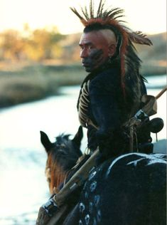 Wes Studi as a Pawnee Warrior – Dances with Wolves