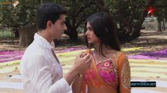 Jennifer Winget as Kumud in TV Serial Saraswatichandra