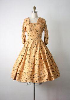 1950's Silk Print Dress. Great neckline!