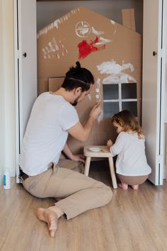 Man in White T-shirt and Brown Pants Painting Cardboard House · Free Stock Photo Creative Activities For Kids, Indoor Activities For Kids, Kid Activities, Good Parenting, Single Parenting, Types Of Parenting Styles, Cardboard Painting, Daddy, Adhd Kids