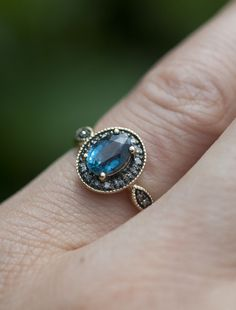 Amaris - kyanite | Unique Engagement Rings, Conflict-Free Diamonds & Gemstones | Dana Walden