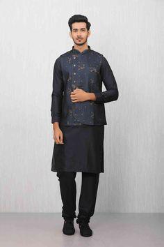 Kartik Aaryan Alluring Kurta Jacket set for Every Occasion by Manyavar.com Wedding Kurta For Men, Wedding Dresses Men Indian, Wedding Dress Men, Pathani For Men, Red Kurta, Pocket Square Styles, Fawn Colour, Indian Men Fashion, Indian Man