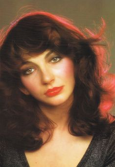 See Kate Bush pictures, photo shoots, and listen online to the latest music. Funny Adult Memes, Women Of Rock, Female Singers, Record Producer, Music Artists, Beautiful Women, Celebs, Female Celebrities, Lady