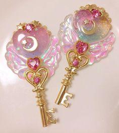 sometimes i don't wanna feel those metal clouds Kawaii Accessories, Kawaii Jewelry, Cute Jewelry, Sailor Moon, Desu Desu, Polymer Clay Kawaii, Magical Jewelry, Girly, Resin Charms