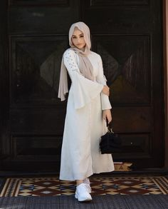 Muslim Fashion, Modest Fashion, Hijab Fashion, Girl Fashion, Fashion Outfits, Fashion Ideas, Summer Dress Outfits, Modest Outfits, Chic Outfits