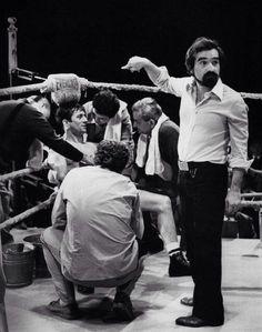 """Robert De Niro y Martin Scorsese en el set de rodaje de """"Toro Salvaje""""."""