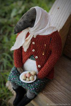 Купить Баба Валя - рыжий, ворона, чердачные куклы, бабуля, бабушка, антропоморфные существа