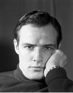 Marlon Brando: Rare Photos of a Charismatic Young Star, 1952 | LIFE.com