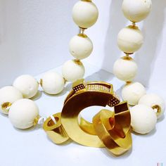 Giant white chocolate pearls by KIRSTY ISLA NICHOLSON-UK, a graduate jewellery designer discovered at New Designers 2013.