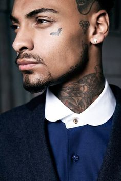 Face Tattoos for Men: Face Tattoo's trend is increasing to the next level. If you are looking to get face tattoo then we can help you with that. Here you will see some great tattoos for the face which men can try. Face Tattoos For Men, Cool Tattoos For Girls, Girl Face Tattoo, Girls With Sleeve Tattoos, Great Tattoos, Girl Tattoos, Small Tattoos, Reading Tattoo, Sketches Of Girls Faces