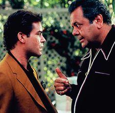"""Ray Liotta y Paul Sorvino en""""Uno de los Nuestros"""" (Goodfellas), 1990"""
