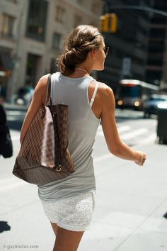 I love this bag because it is appropriate to a meeting or on a Saturday.  A double agent.