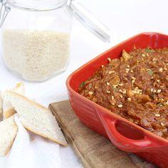 Pindakip uit de slowcooker! Een experiment op de zondagmiddag, erg goed gelukt! Makkelijk te maken, heerlijk met wat rijst of brood!