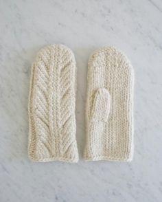 Ancient Stitch Mittens. Free pattern Purl Soho.
