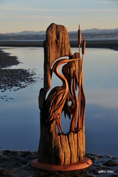 Beautiful carved heron and reeds - Knock on Wood || Gallery