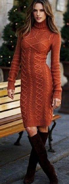 Стильное платье спицами