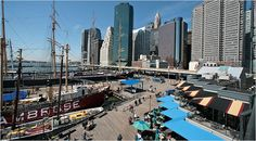 Seaport, l'old quarter di New York, diventerà l'area più all'avanguardia della città. Ubicata all'ombra del ponte di Brooklyn, è pronta ad aprire i battenti dalla prossima primavera una cittadella ...