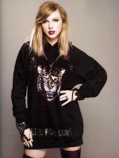 "A look of singer Taylor Swift from her album ""Reputation"" ♥ Taylor Swift Moda, Taylor Swift Fotos, Estilo Taylor Swift, Long Live Taylor Swift, Taylor Swift Style, Taylor Swift Pictures, Taylor Alison Swift, Divas, Selena Gomez"