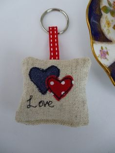 Handmade Applique Keyring with a lavender scent Denim Red polka dot hearts Love Fabric Gifts, Felt Fabric, Free Motion Embroidery, Machine Embroidery, Sewing Art, Sewing Crafts, Felt Keyring, Lavender Bags, Lavender Scent