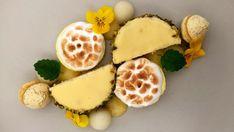 Lækkert dessert. Opskrift på hjemmelavet citronfromage og citronmåne. Opskrift fra Den store bagedyst. Syrlig dessert.