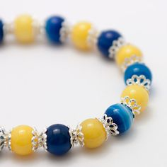 Yellow Jade and Blue Agate Bracelet by HeartmadeBeejoux on Etsy, £14.00