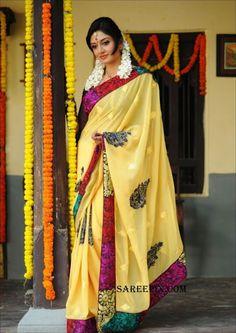 printed saree, vimala raman in saree, yellow saree% Saree Backless, Embroidery Saree, Exotic Women, Tamil Actress Photos, Indian Sarees, Silk Sarees, Yellow Print, Half Saree, Printed Sarees