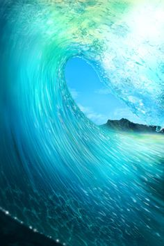 This is just peaceful to me... well, not necessarily in the swell, but the grace and power of a wave is unbelievable. #Soundfreaq  #Summer #Chromatics