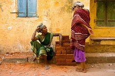 Workers. Chennai by Claude  Renault