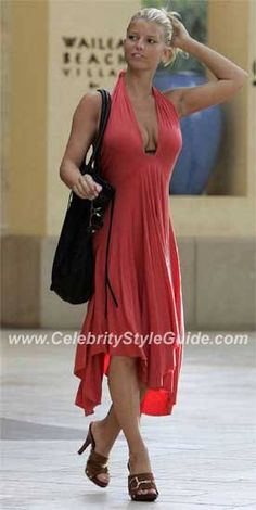 Jessica Simpson wearing Rachel Pally Full Tie Tube Dress in Persimmon, Gucci High-Heeled Clog in Nut, Shelly Litvak Large Whipstich Cross Tote in Black and Tna by Lisa Lazano Swimsuit. Jessica Simpson Hot, Jessica Simpson Heels, Jessica Simpsons, Rachel Pally, Fashion Line, Star Fashion, Fashion Beauty, Jessica Ann, Gowns