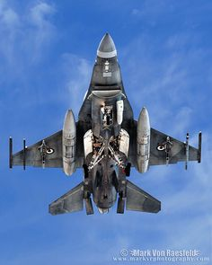 Military Jets, Military Weapons, Military Aircraft, Air Fighter, Fighter Jets, Jas 39 Gripen, F 16 Falcon, Jet Plane, Fighter Aircraft