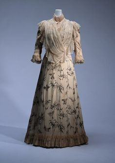 Doucet day dress, 1900