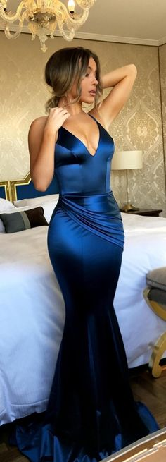 Sexy V-Neck Prom Dresses | Blue Open Back Evening Gowns