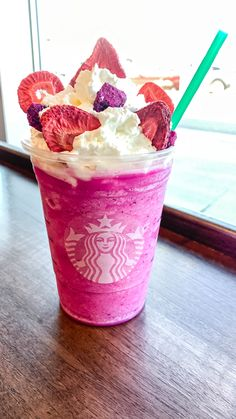 I LOVE Starbucks. So much, I went in to have a Secret Menu Drink made just to celebrate Love Day (commonly known as Valentine's Day). I am naming it the Iced Starbucks Drinks, Starbucks Menu, Starbucks Frappuccino, Starbucks Recipes, Starbucks Secret Menu Items, Yummy Drinks, Yummy Food, Starbucks Valentines, Cute Desserts