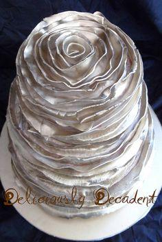 Silver metallic ruffle wedding cake ToniKami Pâtisserie New Years or Christmas cake Gorgeous Cakes, Pretty Cakes, Amazing Cakes, Silver Cake, Creative Cakes, Unique Cakes, Silver Spoons, Cakes And More, Let Them Eat Cake